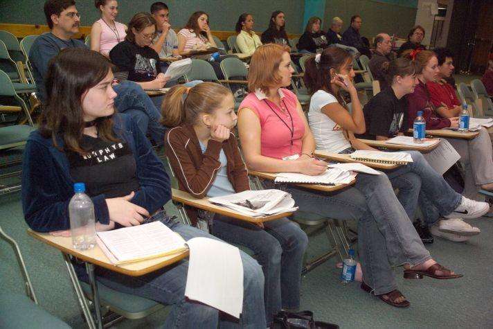 Keep Schools SafeVista High School Girls In Potential Danger